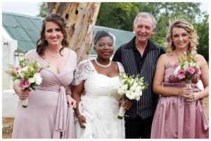 N&J004-southboundbride-wedding-beaumont-wines-glee-photography-pink-bridesmaids