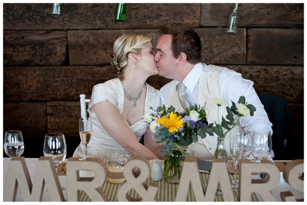 SS031 Southboundbride Jacki Bruniquel Netherwood DIY Wedding Mr Mrs Signs