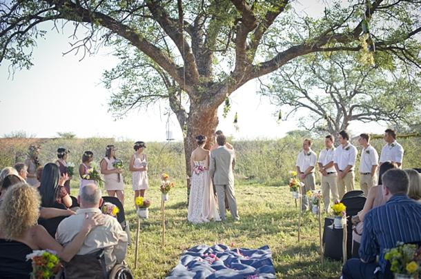 MampF006 Southboundbride Colourful Bush Wedding Bushfellows Limpopo Simone Franzel SouthBound Bride