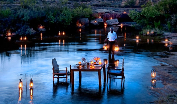 Romantic Honeymoon : Honeymoon Inspiration: Top 10 Super Romantic Tables-for-Two