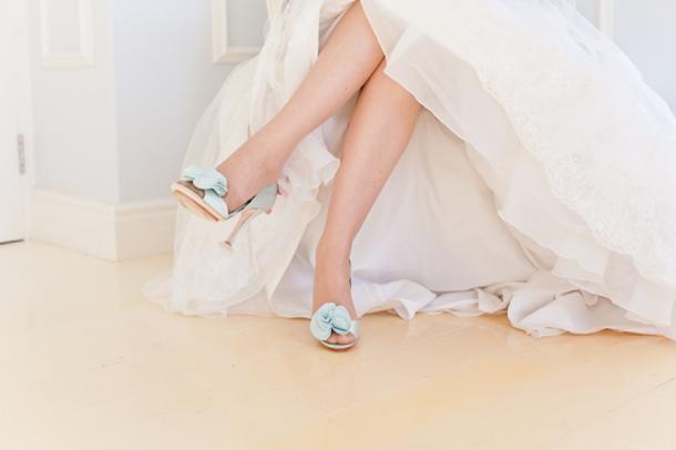 a0df8bb1d58 Mint   Lilac Pastel Wedding by Veronique Photography