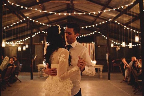 Sbb Christmas Decor Wedding Decor Budget 001 Southbound Bride