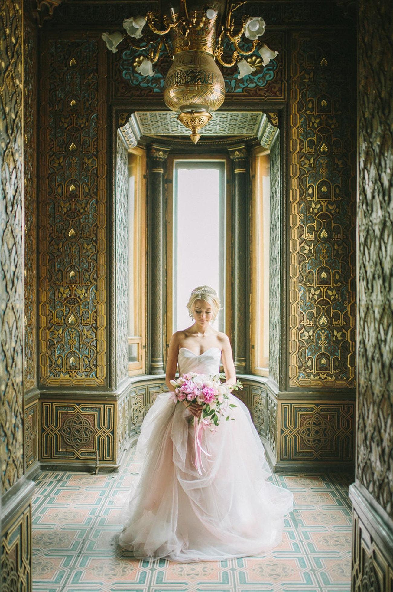Hourglass Wedding Dress Ballgown