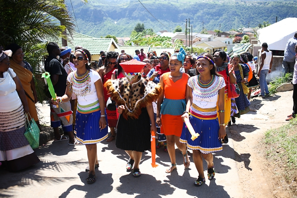 Pretty Peach Amp Traditional Zulu Weddings By Vita Bella Photography Slindile Amp Siphile