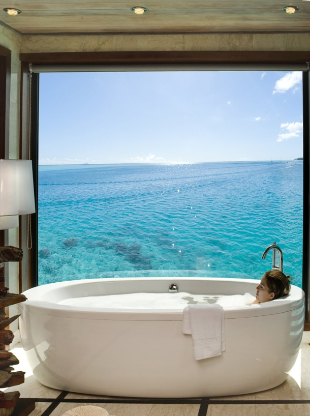 Honeymoon Inspiration 10 Bathtubs With A View
