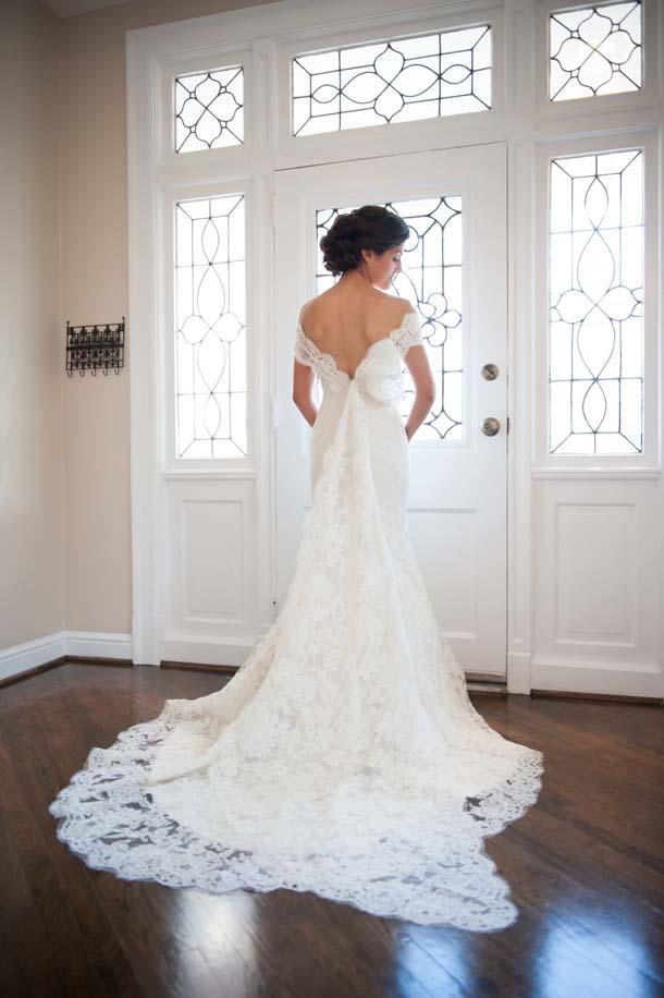 20 Off The Shoulder Wedding Dresses
