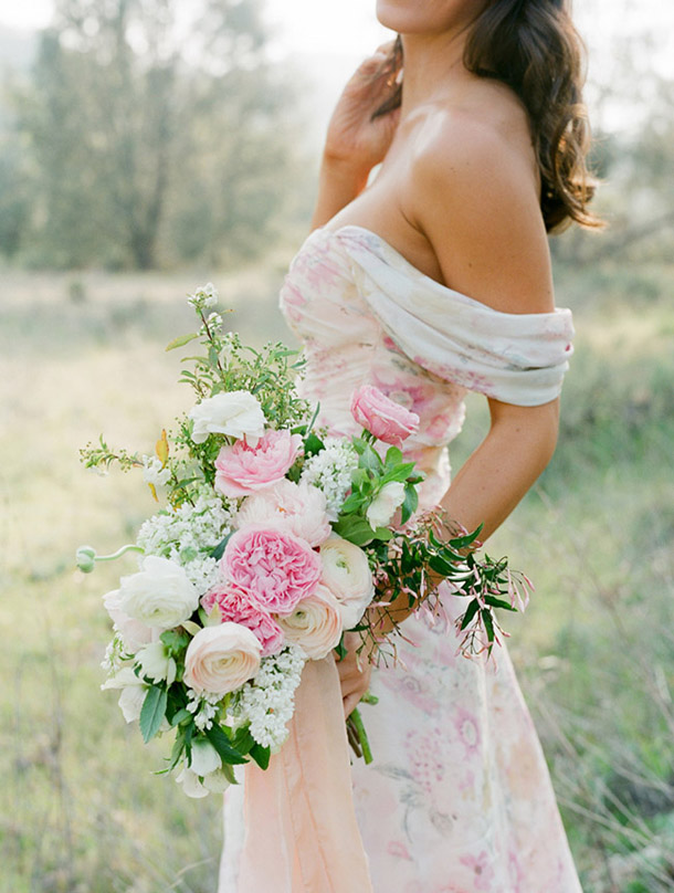 floral-print-pastel-bridesmaid-dresses (5)