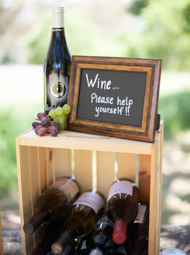 Wonderful Wine Wedding Favours. Talk About A Favour Your Guests Will Want To Keep!  You Can Give Them Mini Bottles Of Wine Or Champagne, Create Customised  Labels For ...
