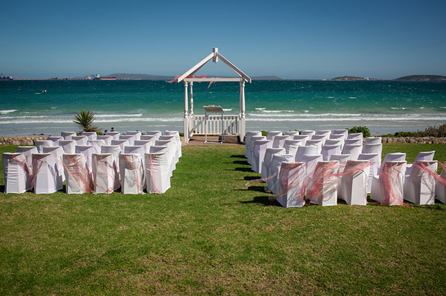 blue bay lodge wedding ceremony area