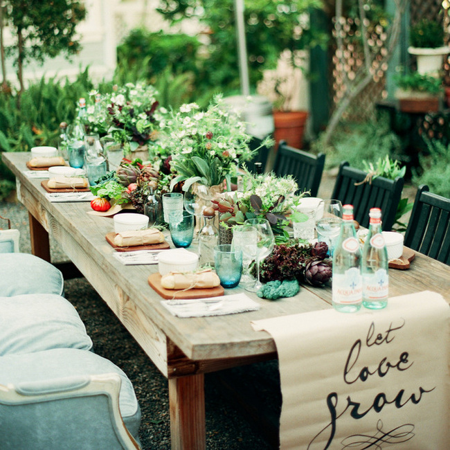 Farmers Market Wedding Ideas Naked Wood Tables
