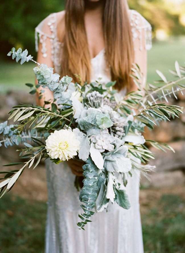boho organic wedding bouquet