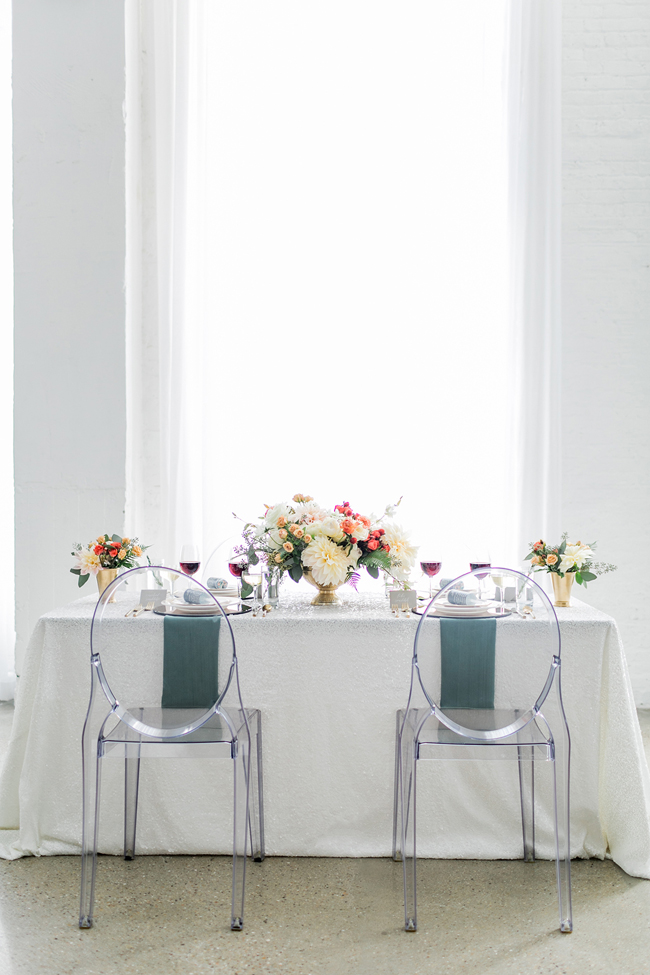 Modern romantic tablescape | SouthBound Bride | Credit: Alexis June Weddings