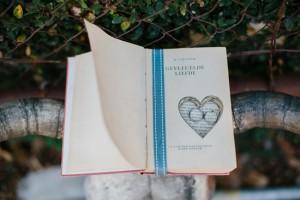 Book Ring Holder | Credit: Carolien & Ben
