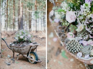 Wheelbarrow Rustic Wedding Decoration | Credit: Carolien & Ben (9