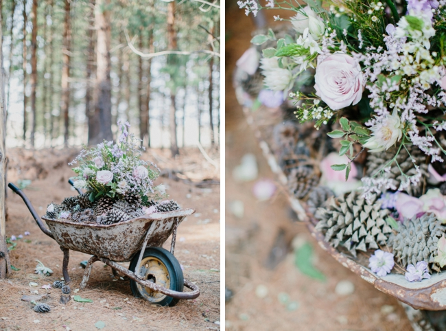 Wheelbarrow Rustic Wedding Decoration | Credit: Carolien & Ben (9