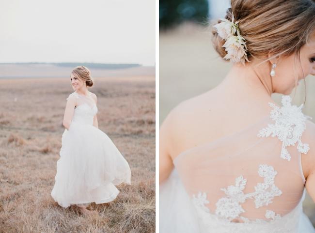 Blushing Bride Protea Hair Embellishment   Credit: Carolien & Ben