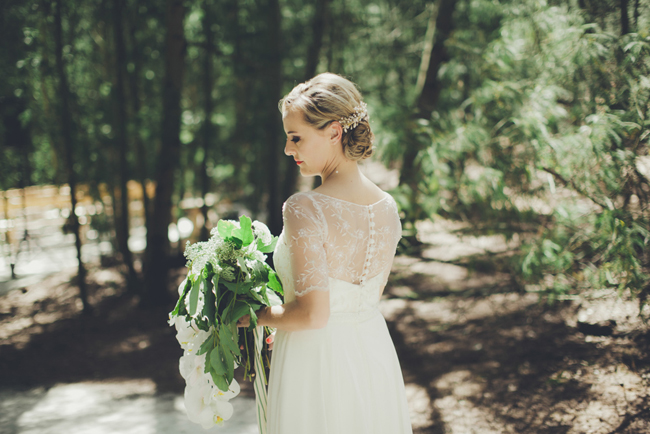 Lace Sleeve Robyn Roberts Wedding Dress | Image: Fiona Clair