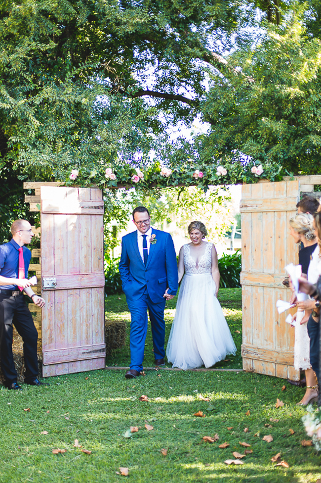 013-M&L Rustic Farm Wedding with Pops of Blue by LindaFourie