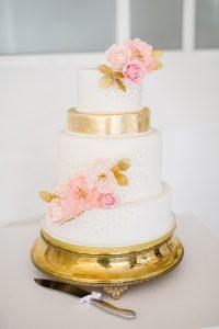 Elegant Pink & Gold Wedding Cake