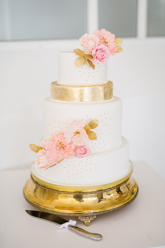 Elegant Pink & Gold Wedding Cake