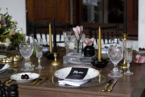 Elegant Halloween Wedding Table Decor | Credit: Mooi Photography