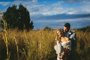 Winter Wedding Bride & Groom | Credit: Knot Just Pics