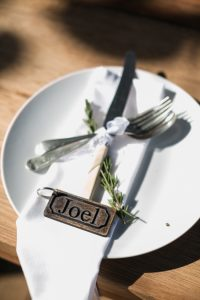 Simple Rustic Place Setting | Image: Long Exposure