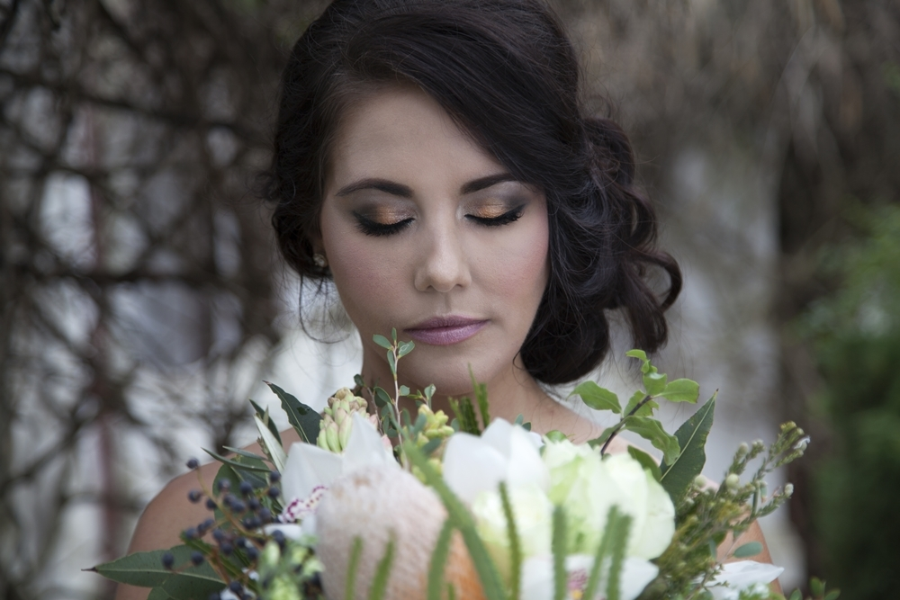 Halloween Wedding Makeup | Credit: Mooi Photography