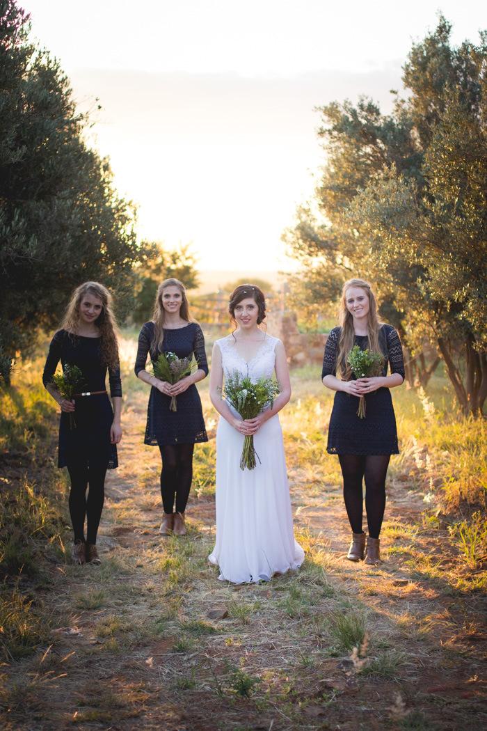 Autumn Greenery DIY Wedding   Credit: Those Photos