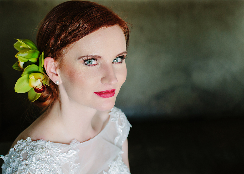 Bride with Orchid Hair Decoration | Credit: Andries Combrink & Runaway Romance