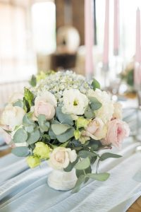 Pantone Serenity & Rose Quartz Centerpiece | Credit: Jack & Jane Photography
