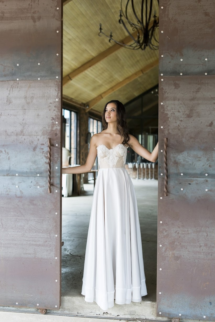 Janita Toerien Strapless Wedding Dress | Credit: Jack & Jane Photography