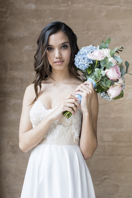Pantone Serenity & Rose Quartz Bouquet   Credit: Jack & Jane Photography