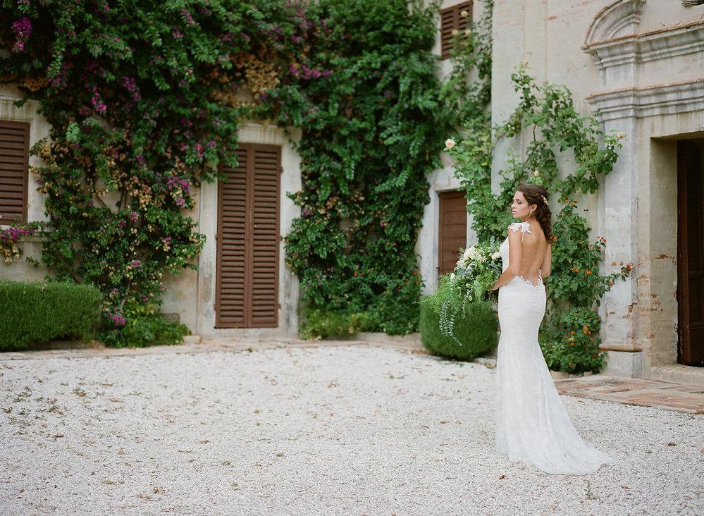 Low Back Claire Pettibone Wedding Dress | Credit: Magnolia & Magpie Photography