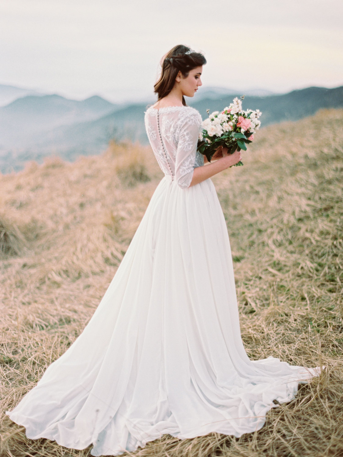 20 ethereal wedding dresses from etsy southbound bride for Ethereal wedding dress