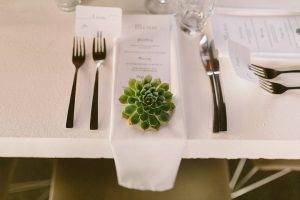 Succulent Place Setting | Credit: Kikitography