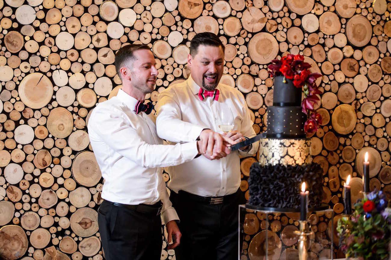 Cake Cutting   Credit: Vizion Photography