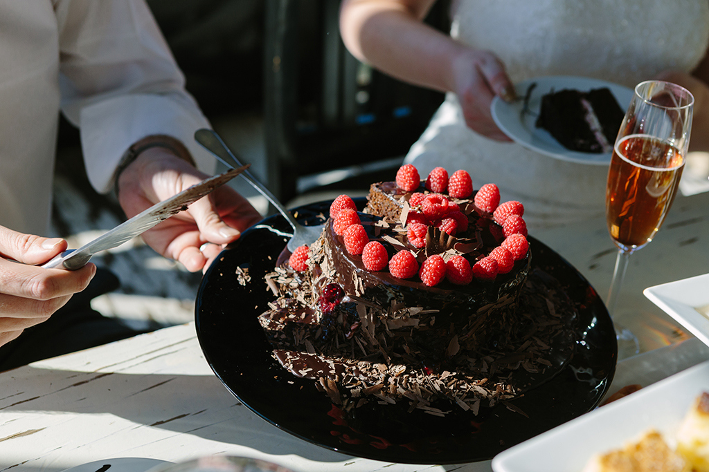 Chocolate Wedding Cake for Two | Credit: Andries Combrink & Runaway Romance