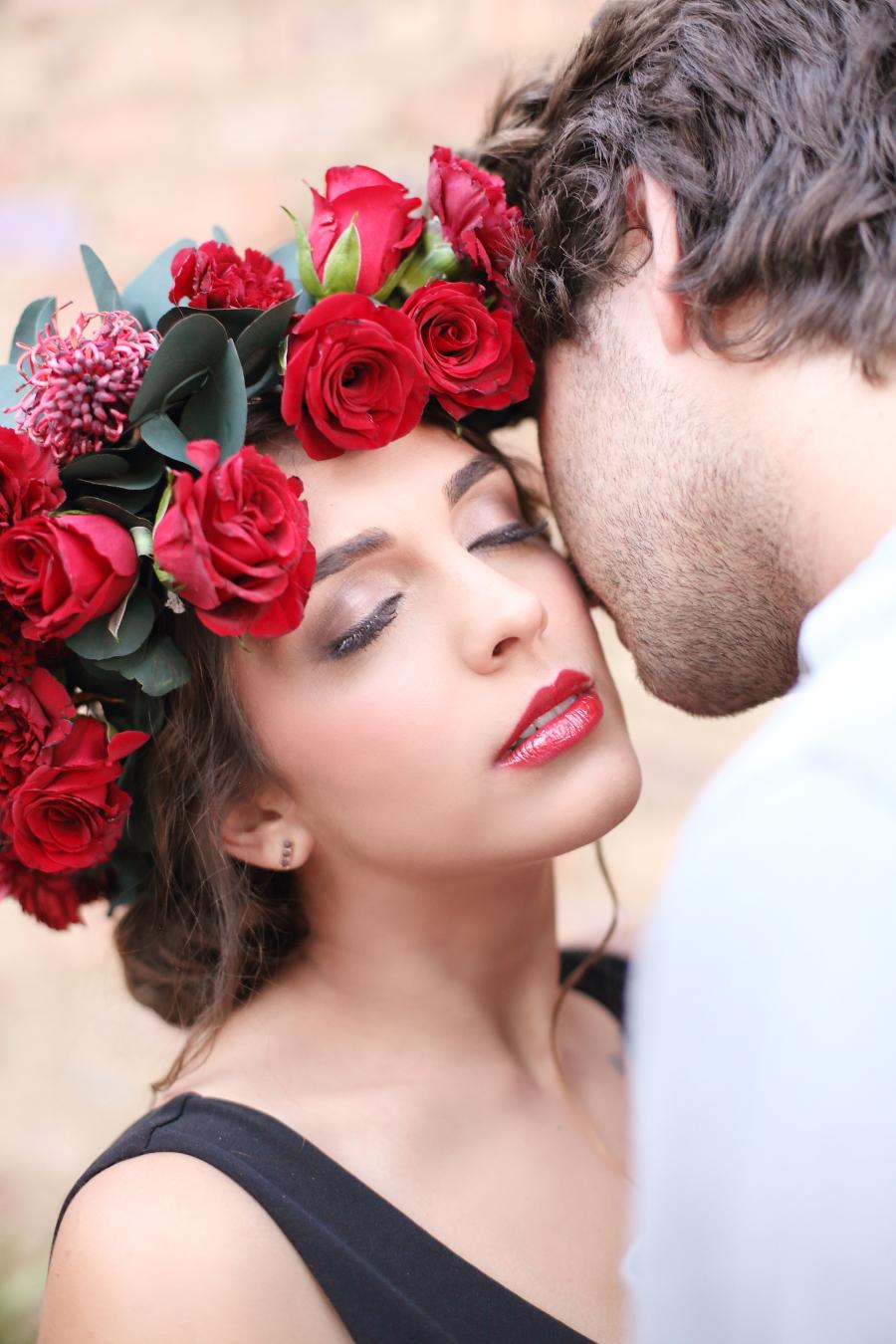 Día De Los Muertos Wedding Inspiration | Credit: Hello Love Photography