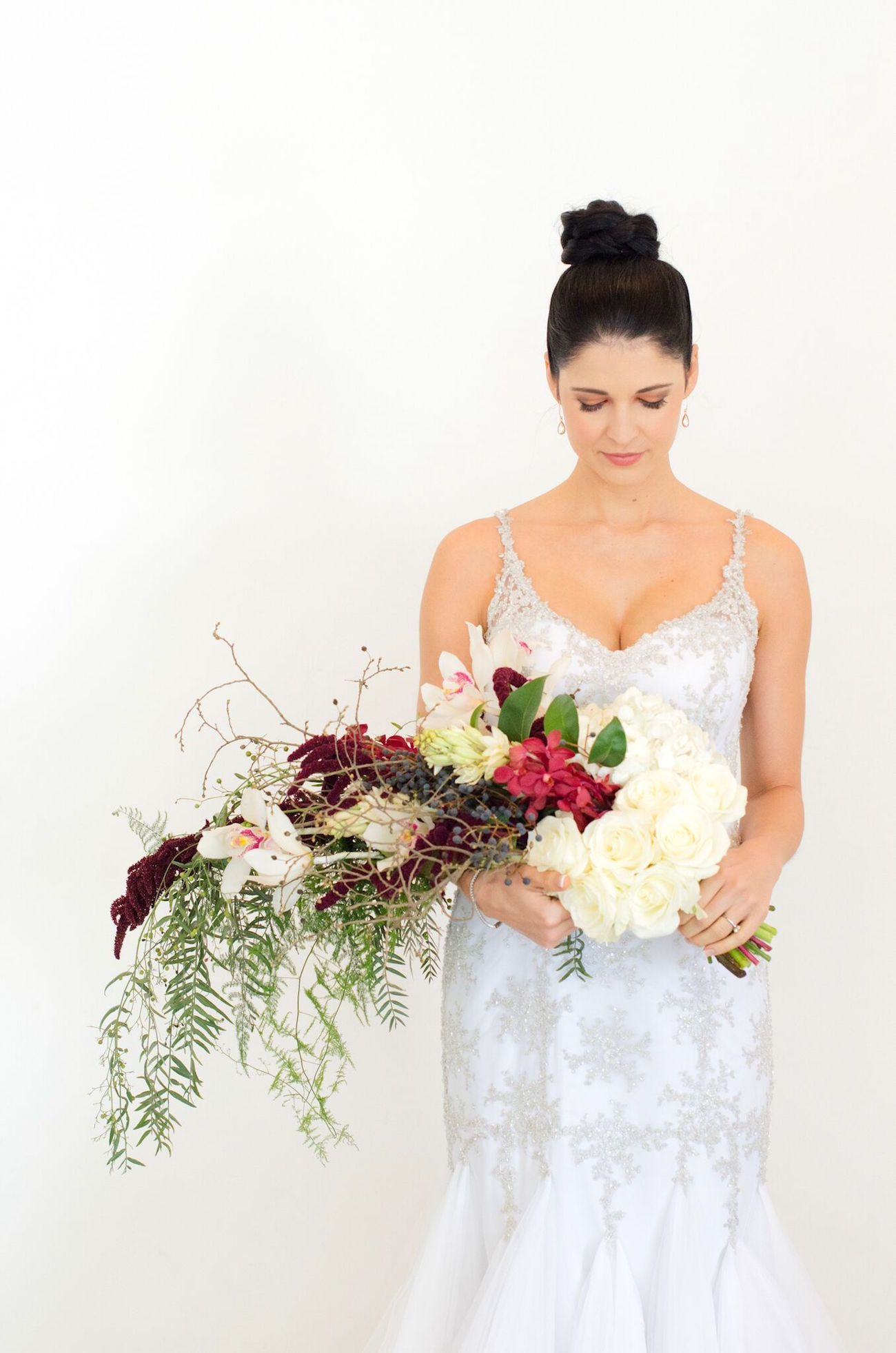 007-emerald-copper-burgundy-christmas-wedding-inspiration