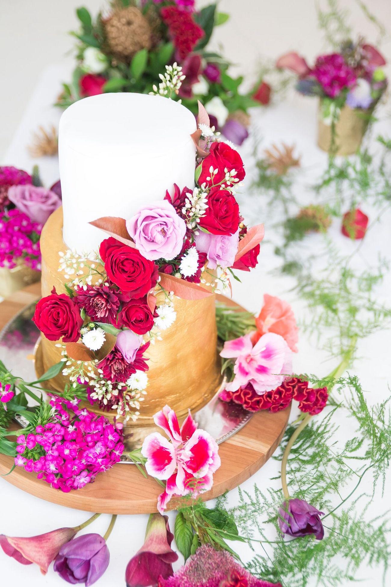 Summer Jewels Wedding Inspiration | SouthBound Bride