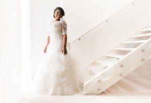 Beautiful Bride in Lace Wedding Dress | Image: Daryl Glass