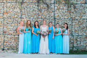 Bridesmaid in Shades Blue | Image: Maxeen Kim