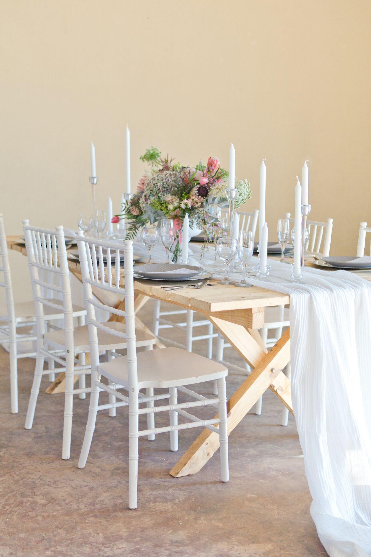 Rustic Romantic Tablescape | Image: Corette Faux