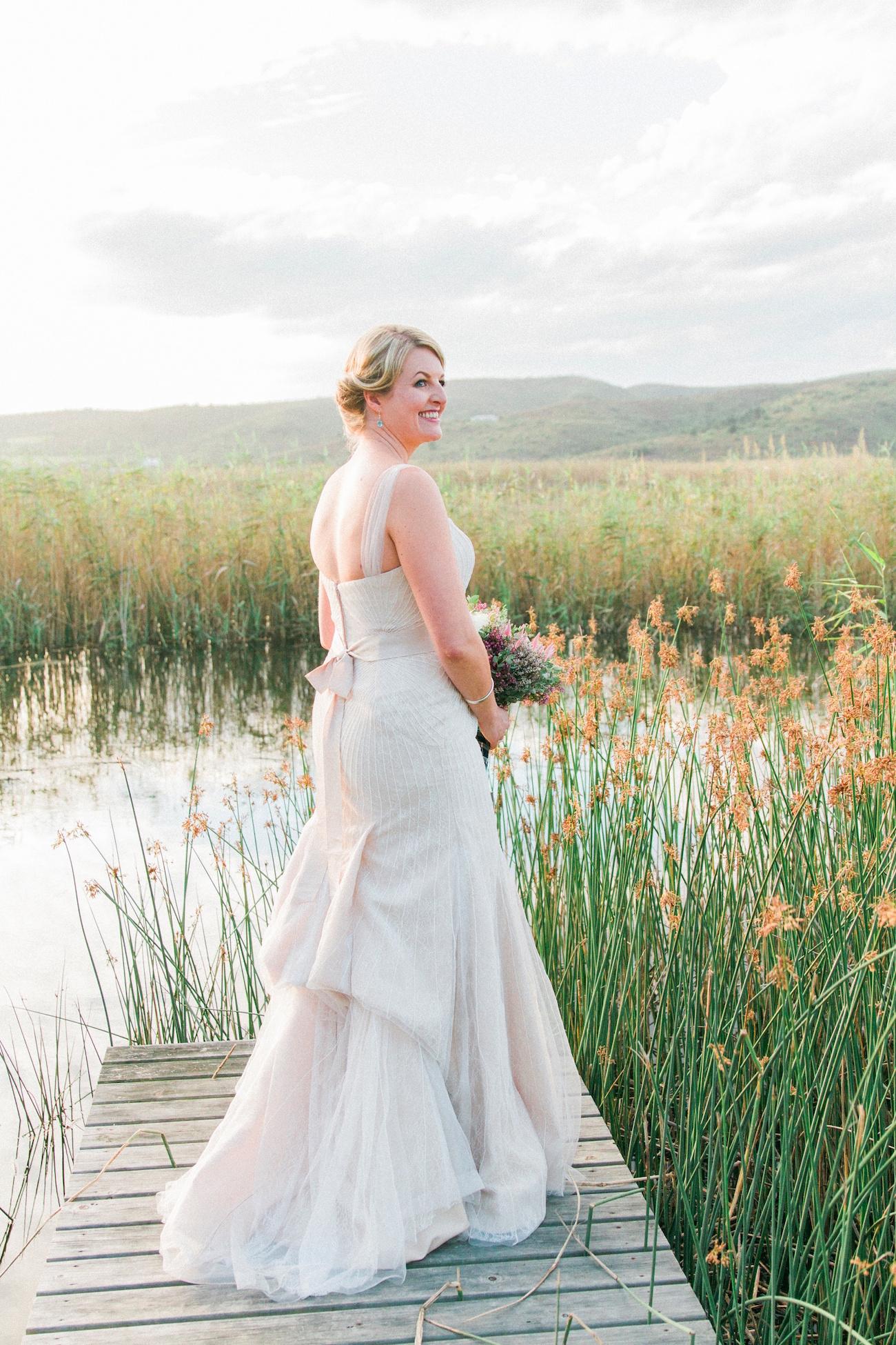Bride in Zac Posen | Image: Maxeen Kim