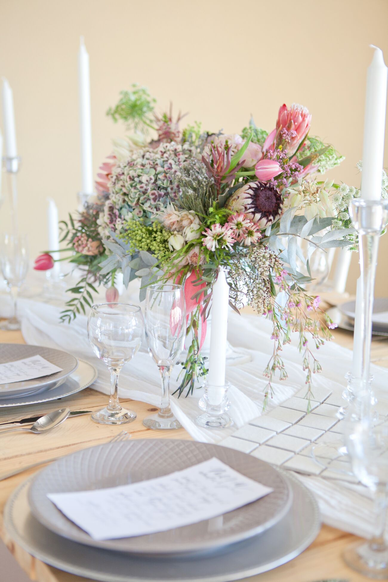 Romantic Protea Table Decor | Image: Corette Faux