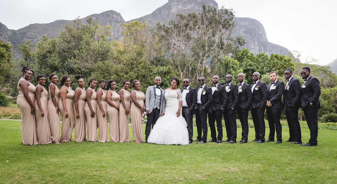 Large Wedding Party | Image: Daryl Glass