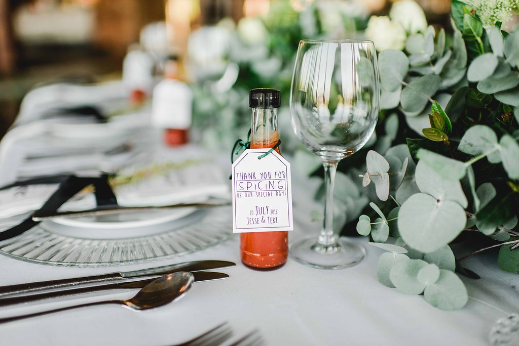 Hot Sauce Wedding Favor | Image: Carla Adel