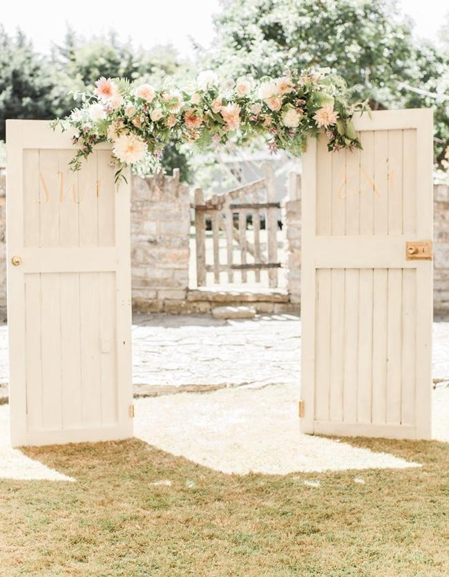 20 Ceremony Door Arches Amp Altars Southbound Bride