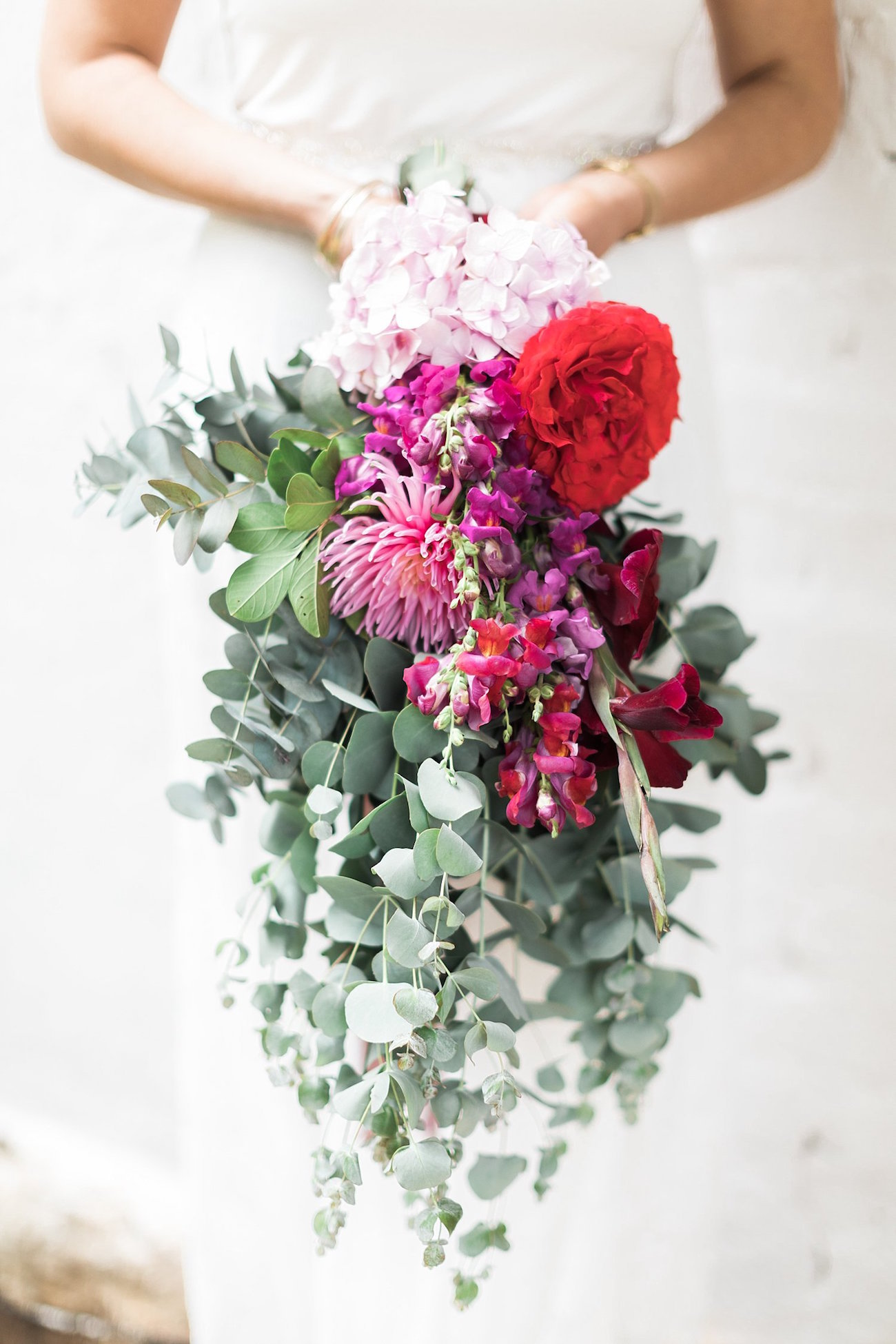 Bright Red and Pink Bouquet | Image: Alicia Landman